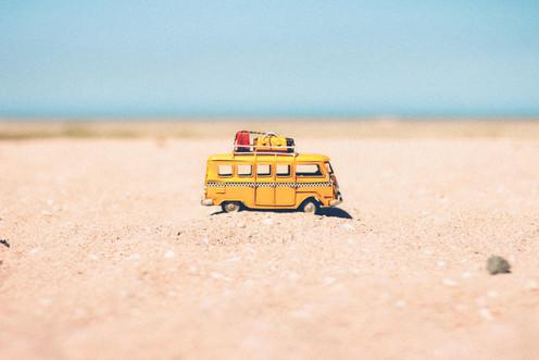 beach-blur-camper-386000.jpg