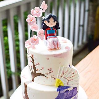 Mulan-inspired cake