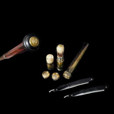 A Rare Walking Cane with Shaving Kit System Cane Circa 20th century