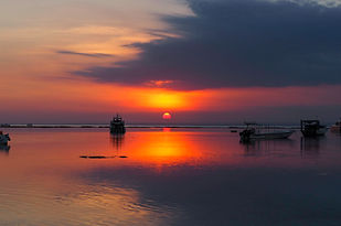 Nusa Lembongan Sunset copy.jpg