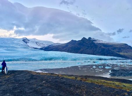 Pasiplaukiojimas tarp Islandijos ledynų