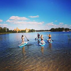Summer time #varomsupint #trakai #irklentės #gosuplt #sup #standuppaddling #standuppaddleboarding #s