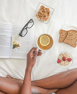 bed-breads-cup-1065588.jpg