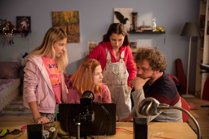 Actresses and the director Vít Klusák_(C