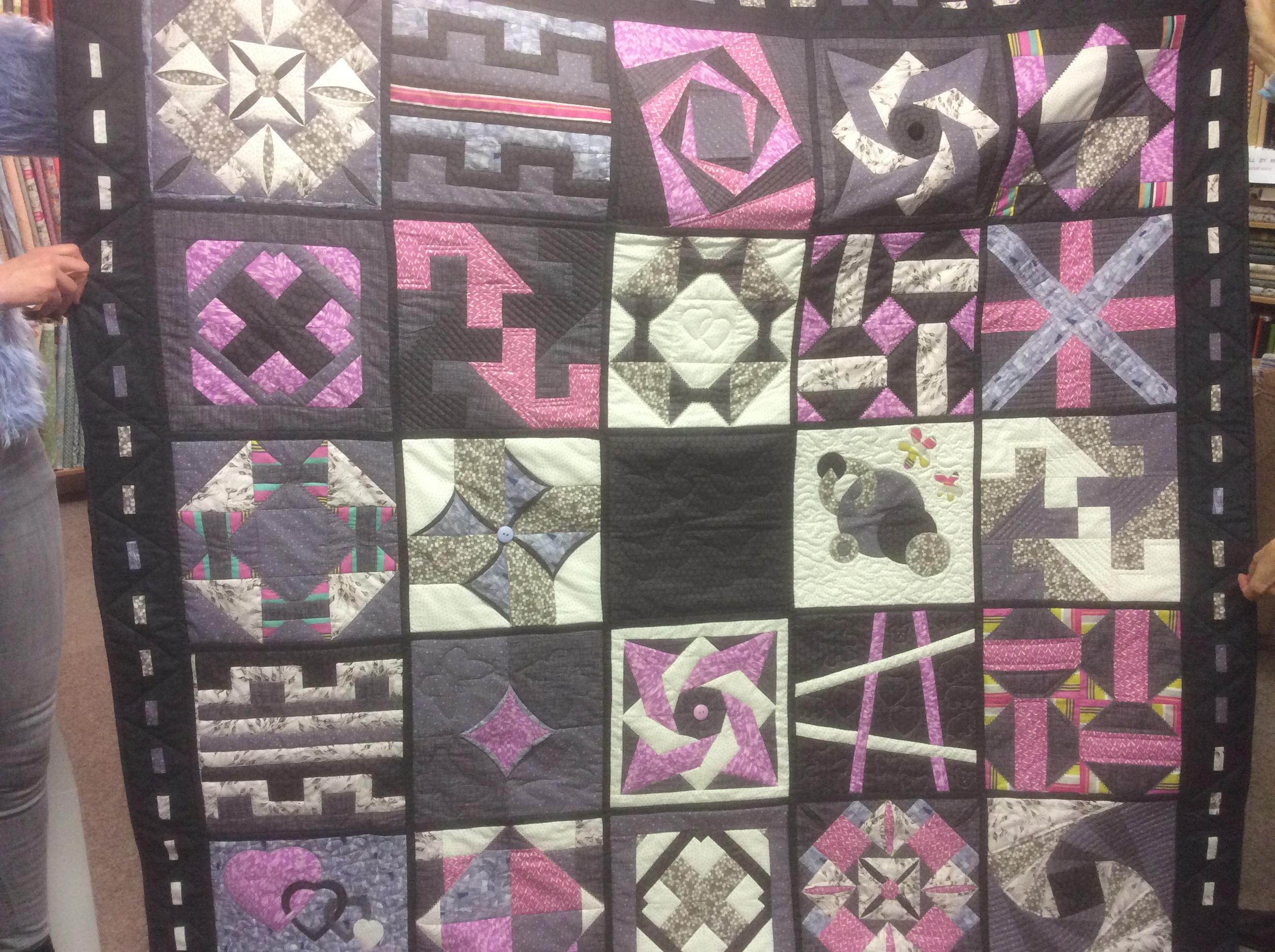 Caroles sampler quilt 2