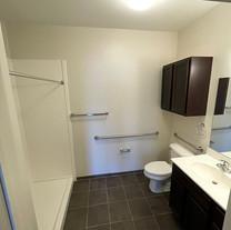 1777 1 bedroom - bath.jpg