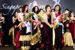 Miss Singapore winner and Jessica Tan