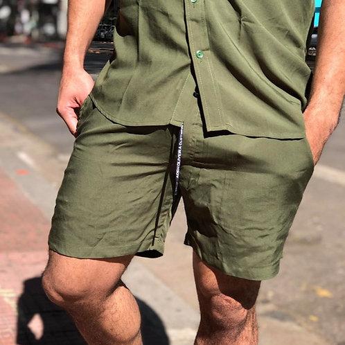 Shorts Estampado Verde Militar