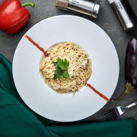 паста карбонара со спагетти.jpg