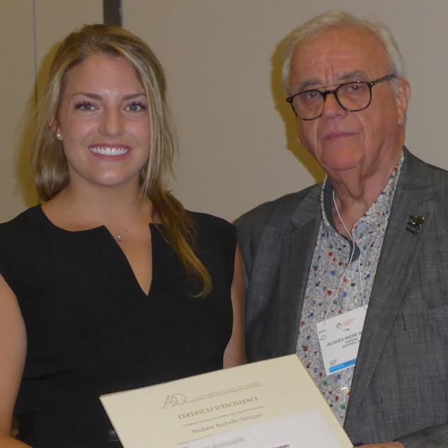 Mme Rochelle Flanagan, récipiendaire du Prix de Professionnalisme 2019 de la Faculté de médecine dentaire de l'Université McGill