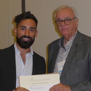 M. Elliot Saleh, récipiendaire du Prix de Professionnalisme 2019 de la Faculté de médecine dentaire de l'Université Laval