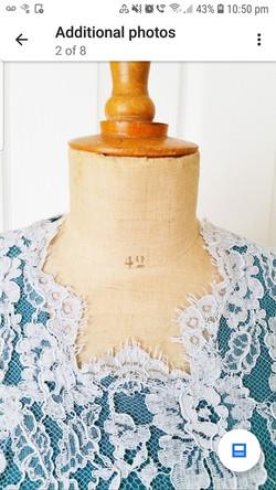Lace custom neckline