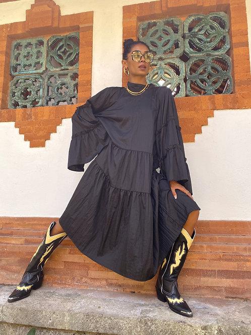 Lili Frill Midi Dress Black