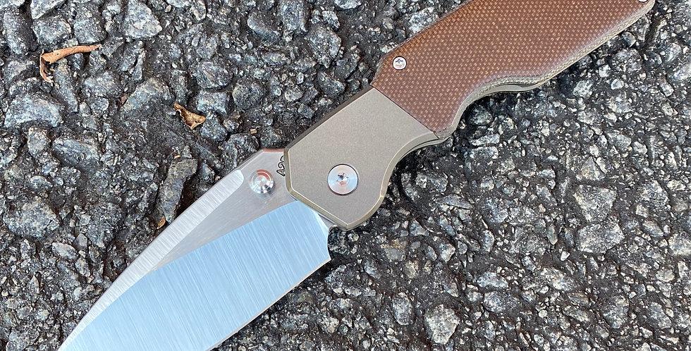 Mark I - Medium - Bolster Lock