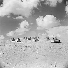 Tobruk_1941_-_British_Matilda_tanks.jpg