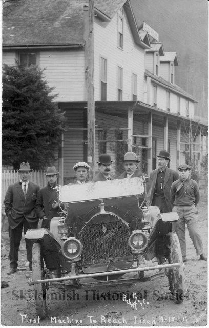 First car in Index at Bush House 1911.jpg