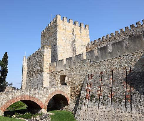 castelo de sao jorge.png