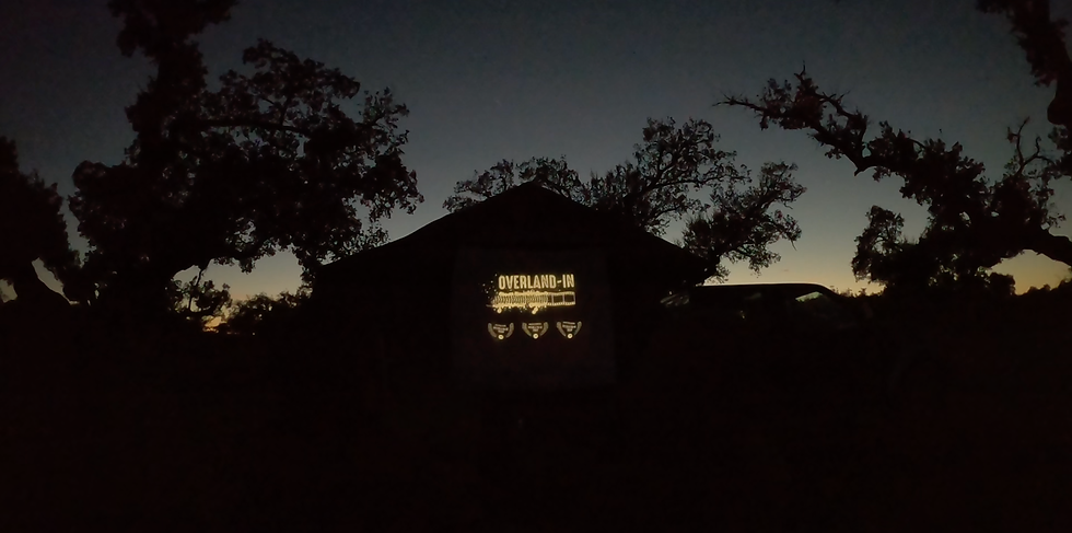 cinemaOutdoorByNight01.png