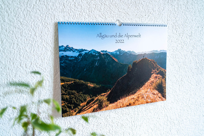 Deckblatt Allgäu und die Alpenwelt Kalender 2022