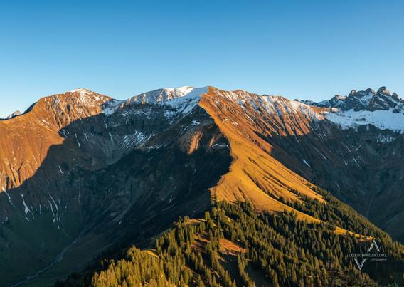 die Alpen zwischen Herbst und Winter
