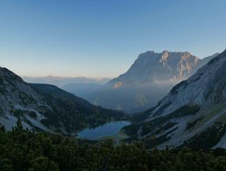 Sonnenaufgang an der Zugspitze