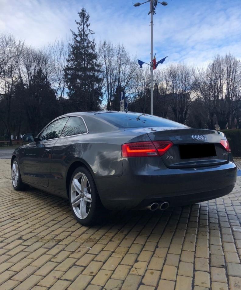 Audi A5 Coupe 2.0 TDI S-Line