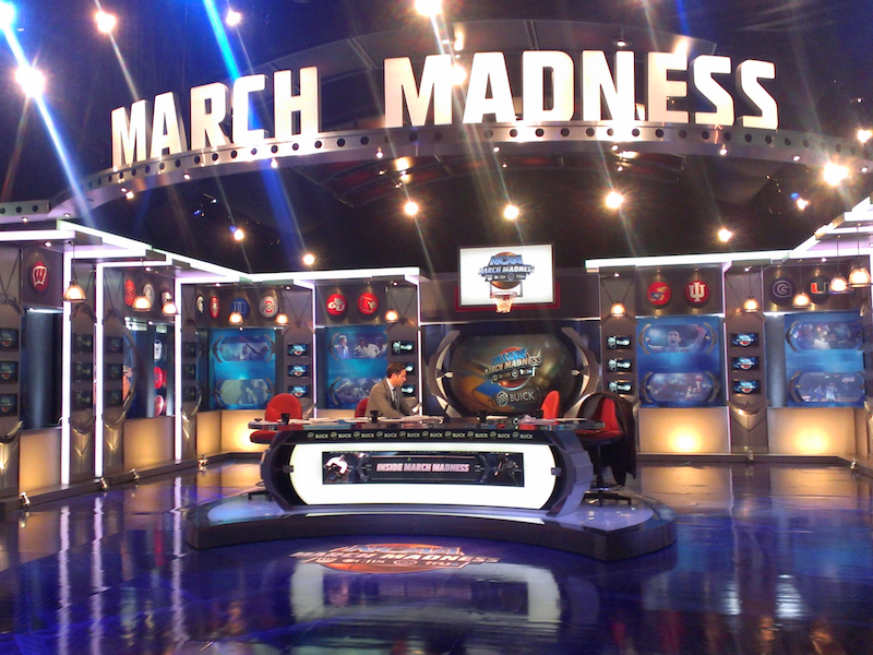 Prompting NCAA March Madness