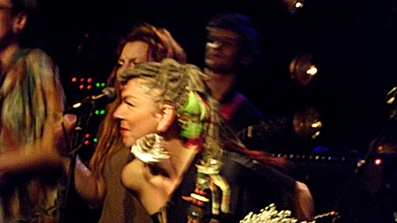 SisDe © Lady Ty - paris-bullshit.com