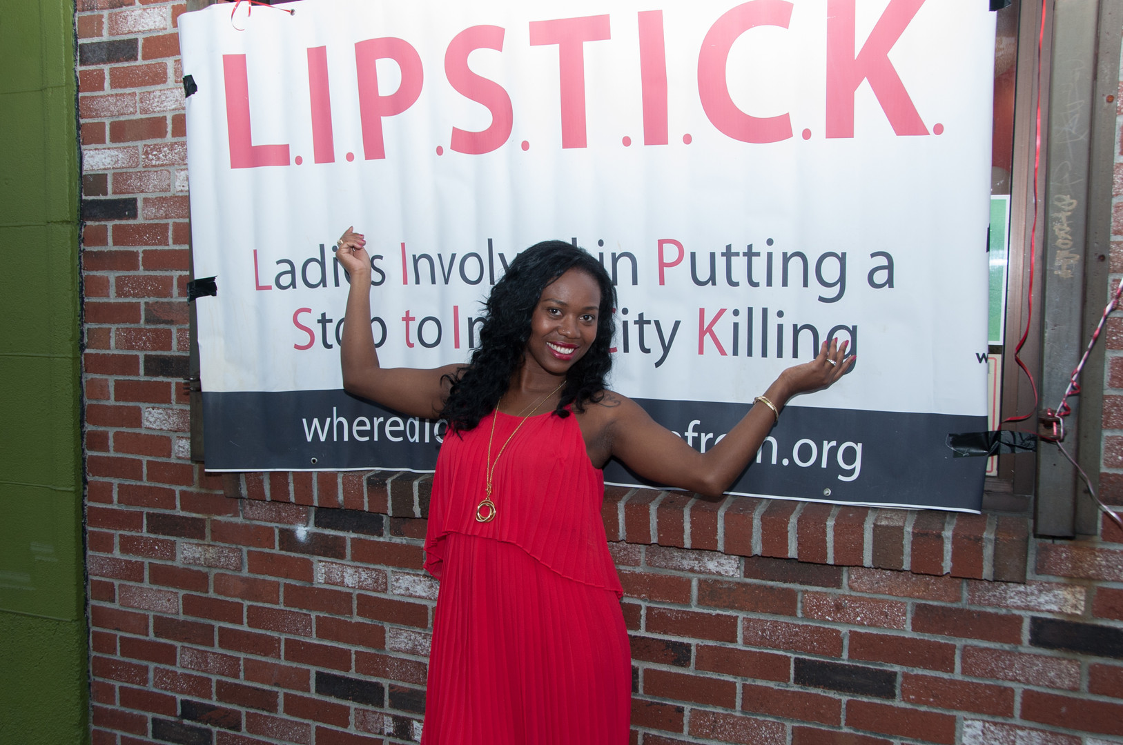 LIPSTICK - Jay Z Partner to Save Lives