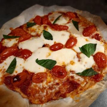 Pizza à l'épeautre complet et au son d'avoine 😍😋