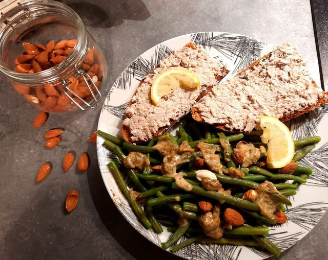 Haricots verts, sardines et cottage cheese