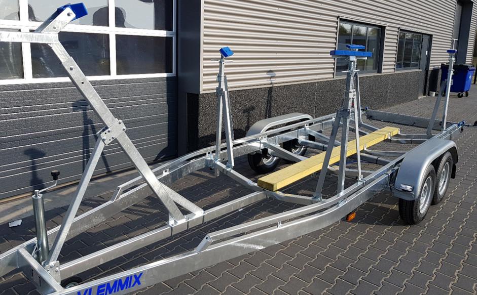 Sailboat equipment instead of rolls_Weig