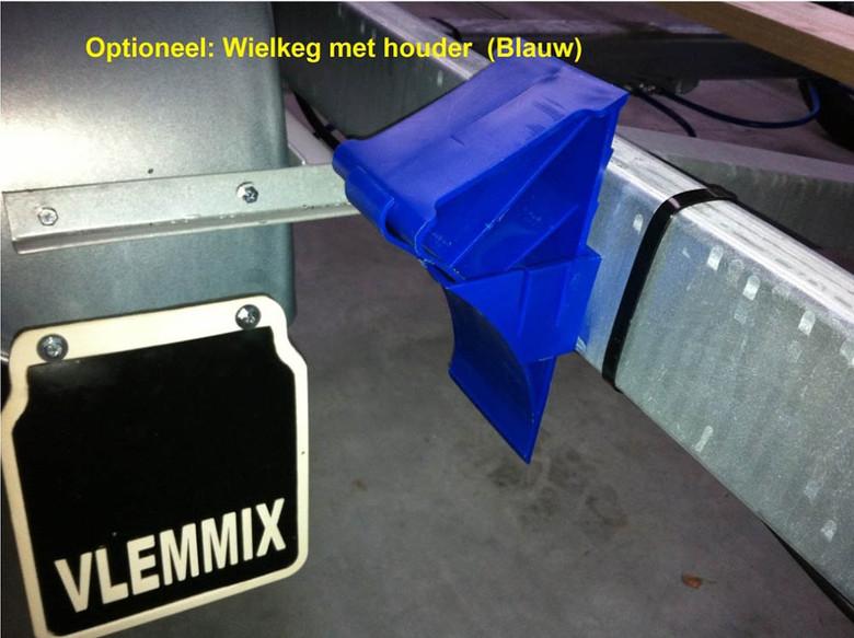 Wheelchock with holder blue.jpg
