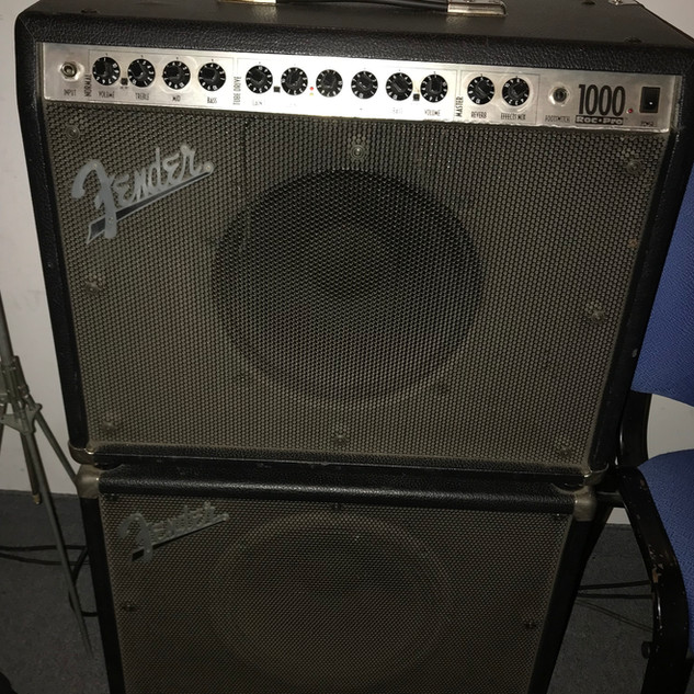 Amp Fender Roc-Pro.jpg