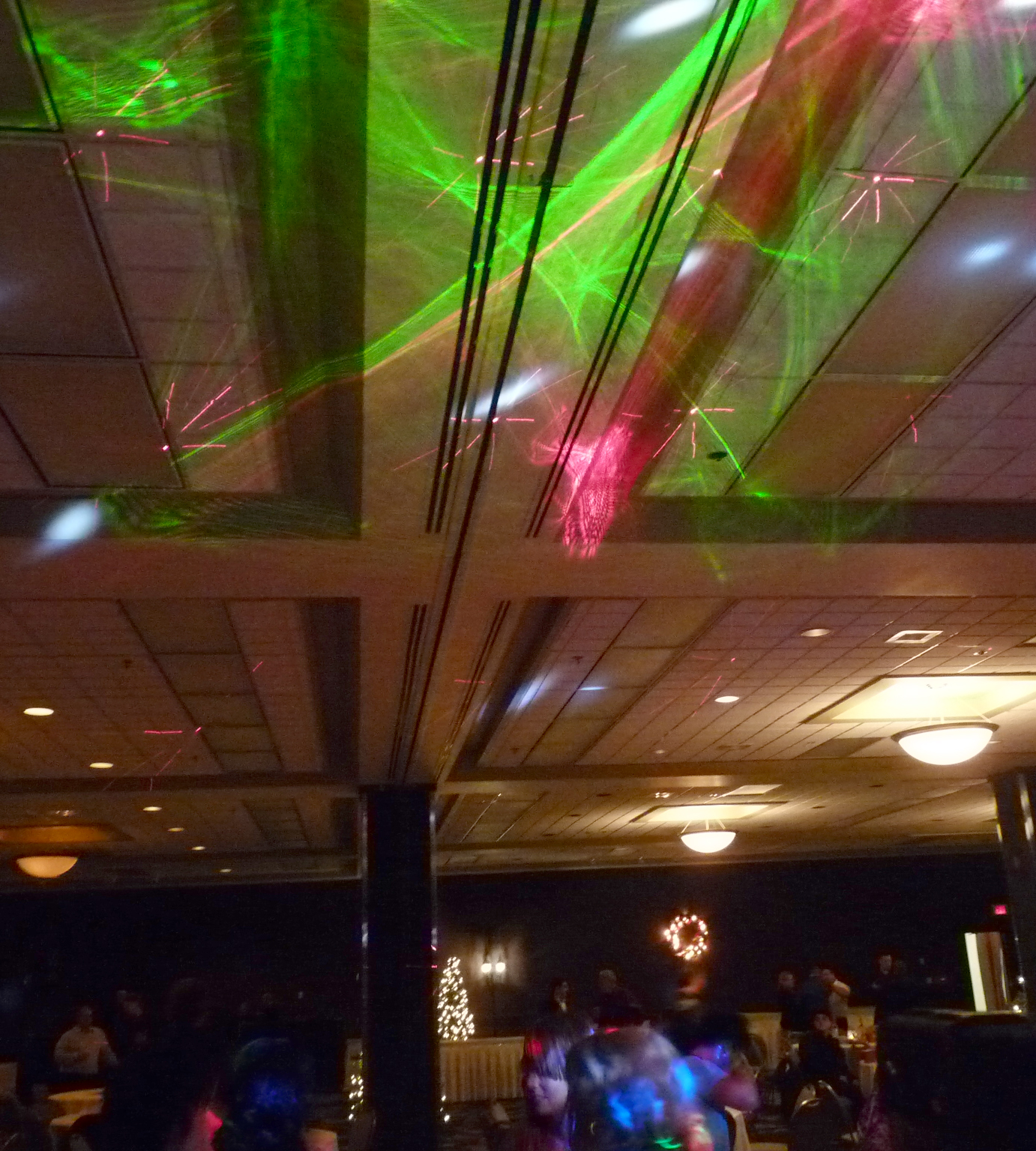 Cirrus Laser on the ceiling