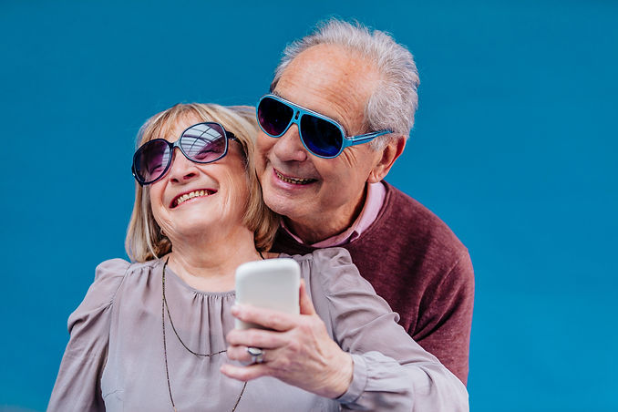 301118 Cheerful Old Couple - CMOBILE.jpg
