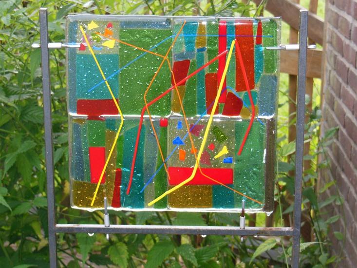 glas vierkant kleurrijk