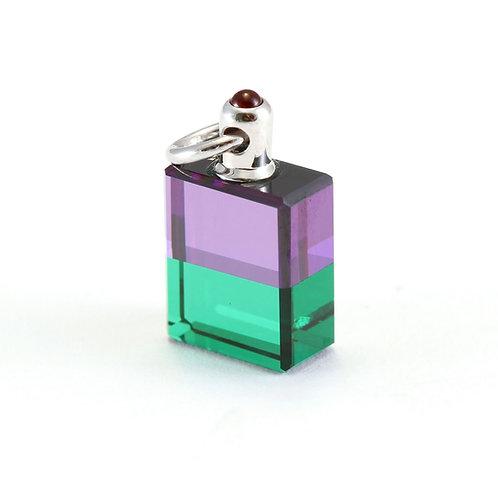 IRIS #38 Troubadour 2, Discernment - Violet/Green