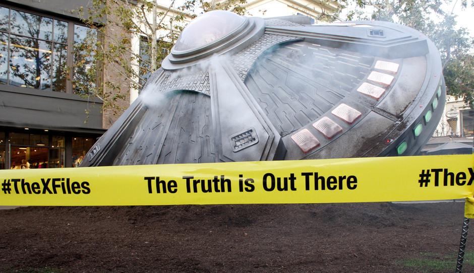 Die Wahrheit ist irgendwo da draußen
