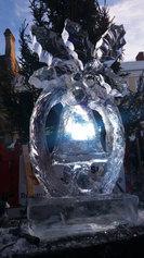 Chrismas Bell Ice Sculpture Luge