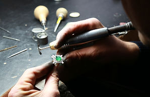 a bench jewelry conducting repairs in St. Louis