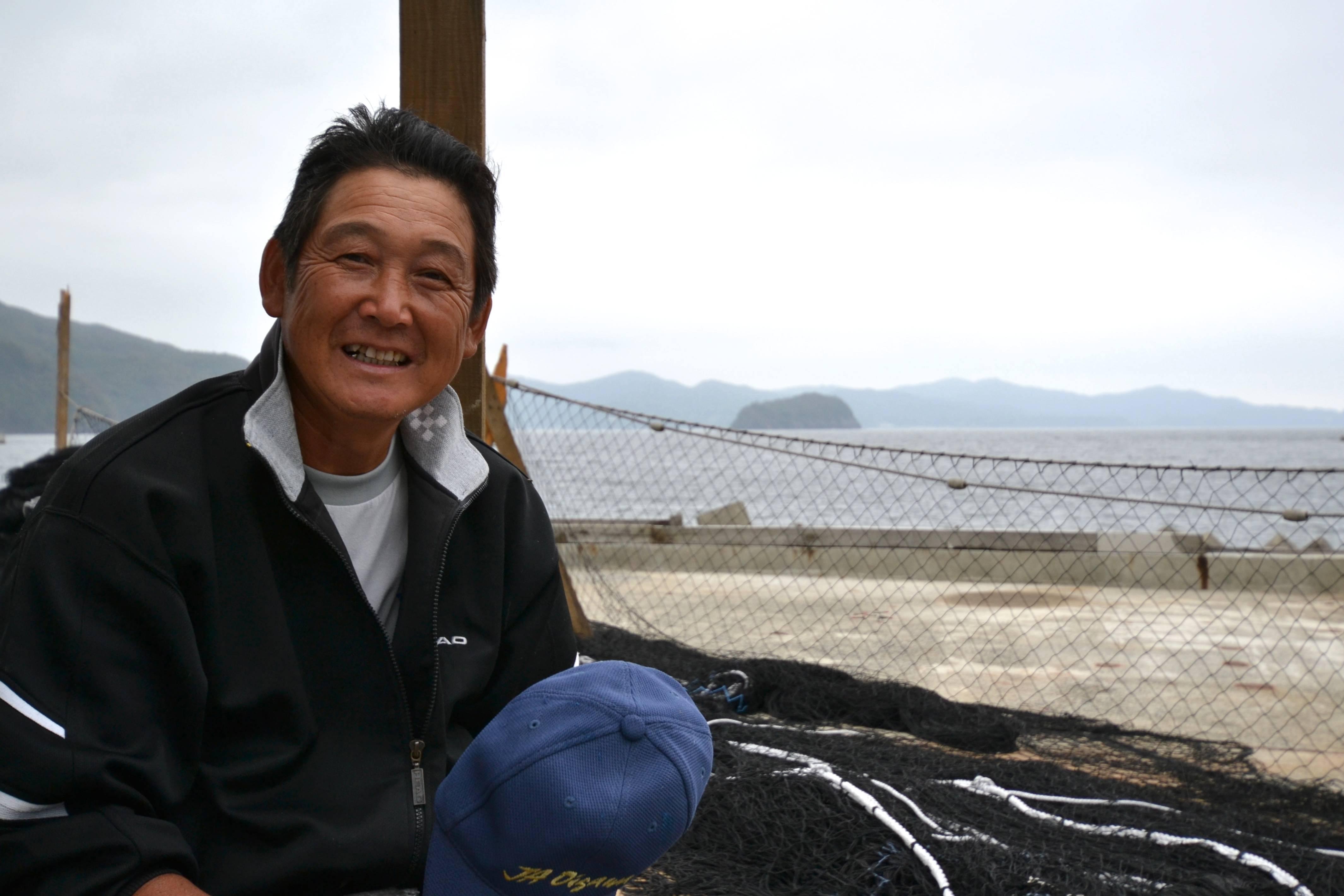 naburi fisherman yamato smiles.jpg