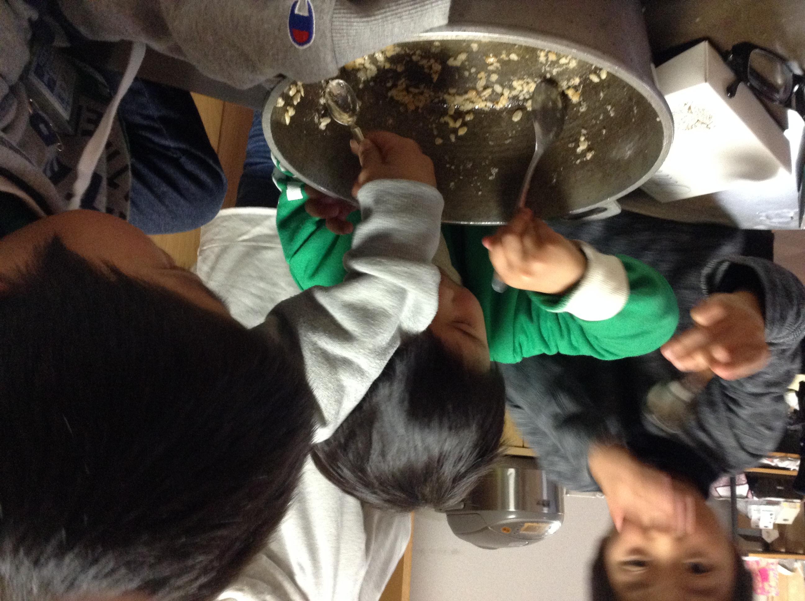 natori kuma kids make rice krispie squares.JPG