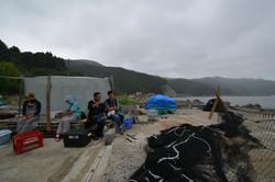 naburi fishing family lean two MED.JPG