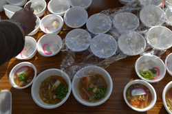 minamisinriku mochi making for refugees.JPG