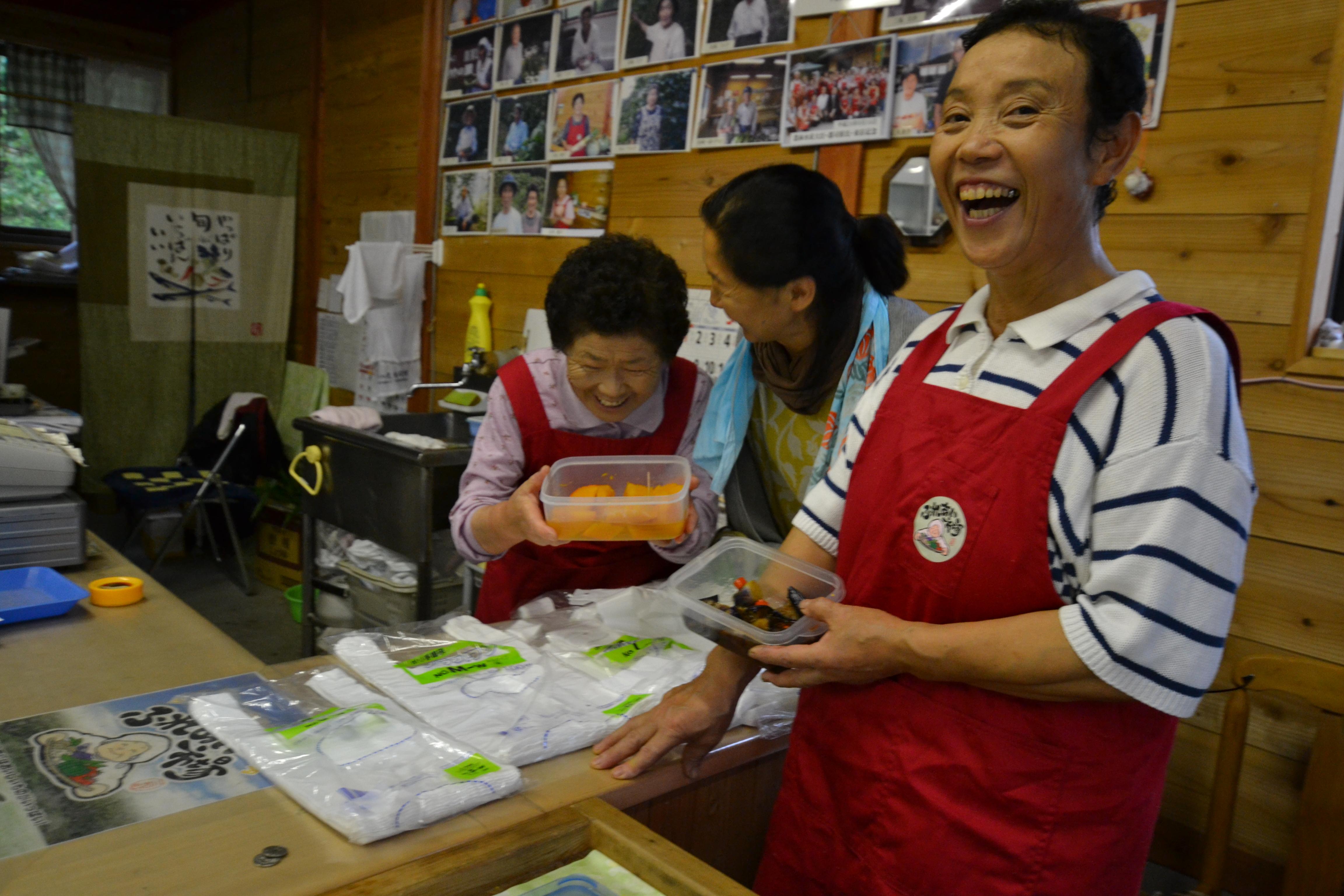 fukushima women food stand.JPG