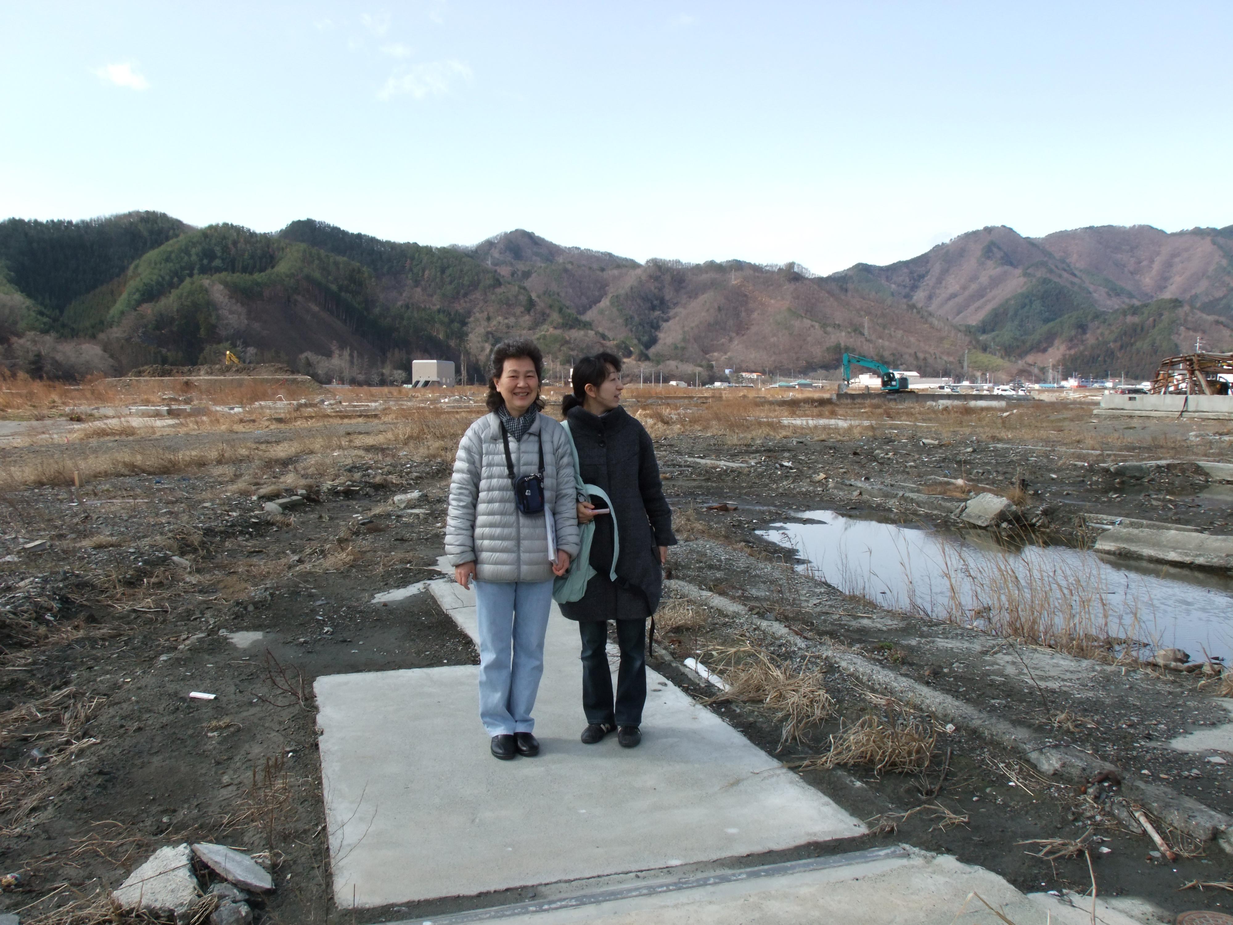 otsuchi debris town itto 7 sakiko.JPG
