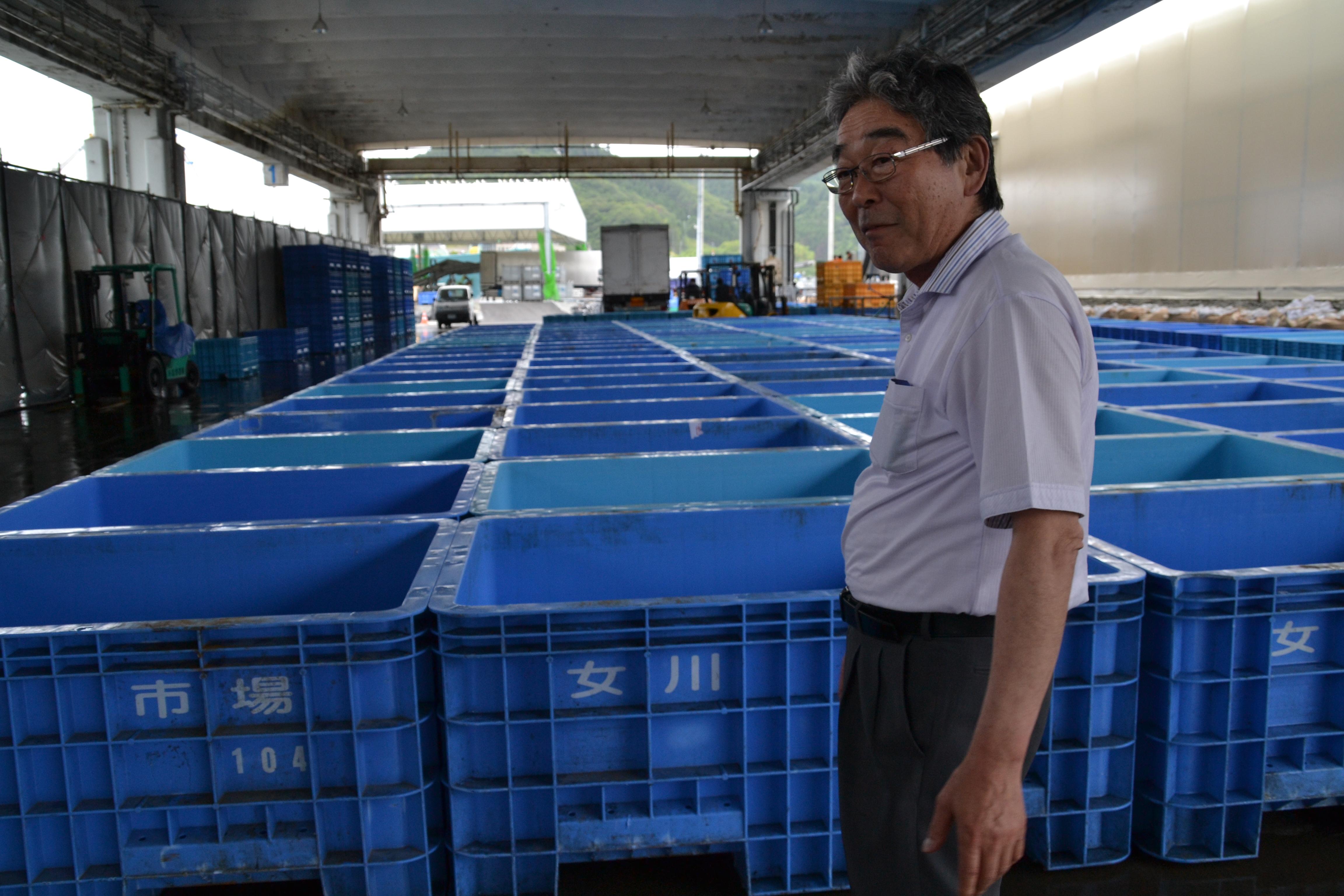 onagawa fisheries kato and blue boxes donation.JPG