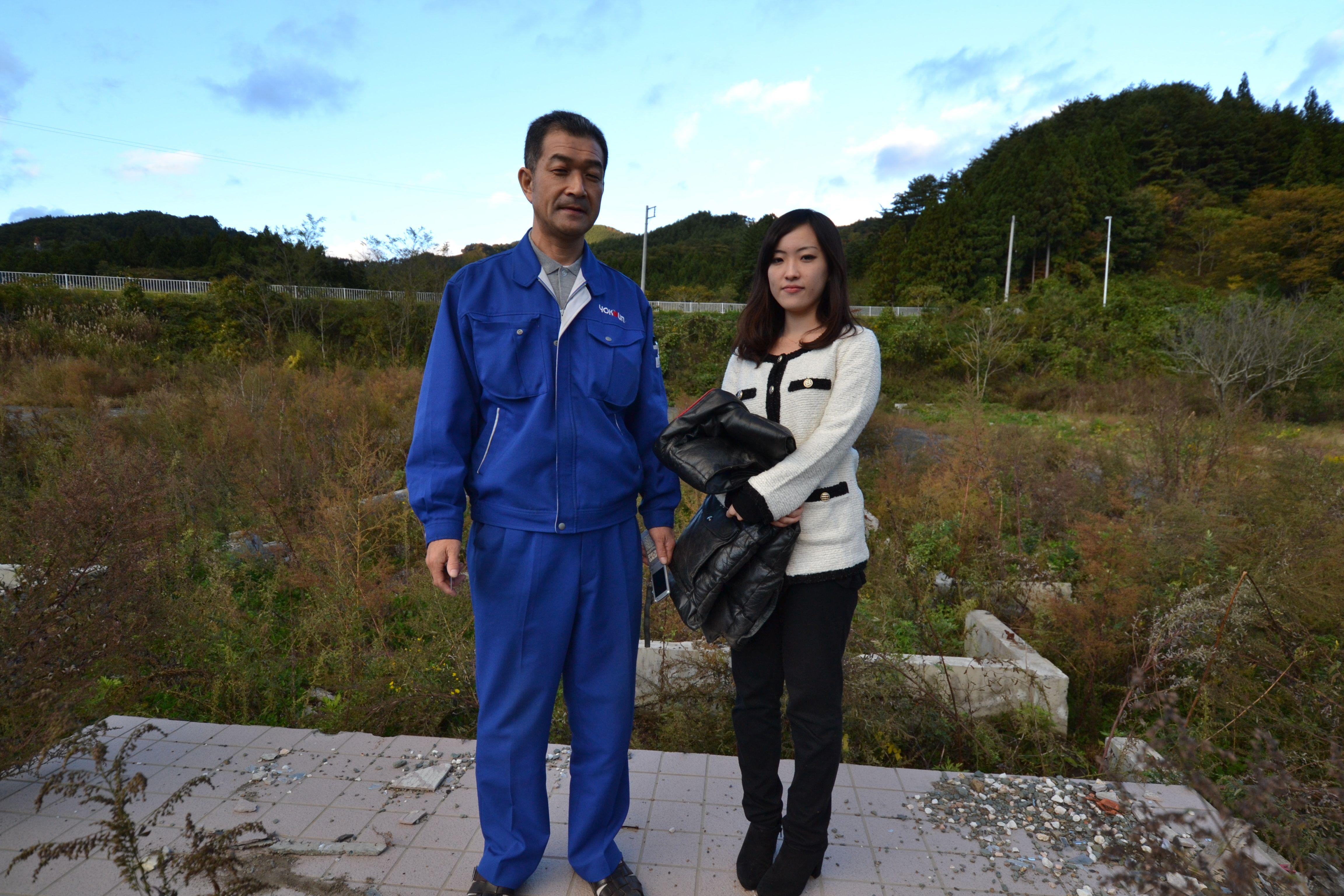 otsuchi sera and dad at ruined house 2.jpg
