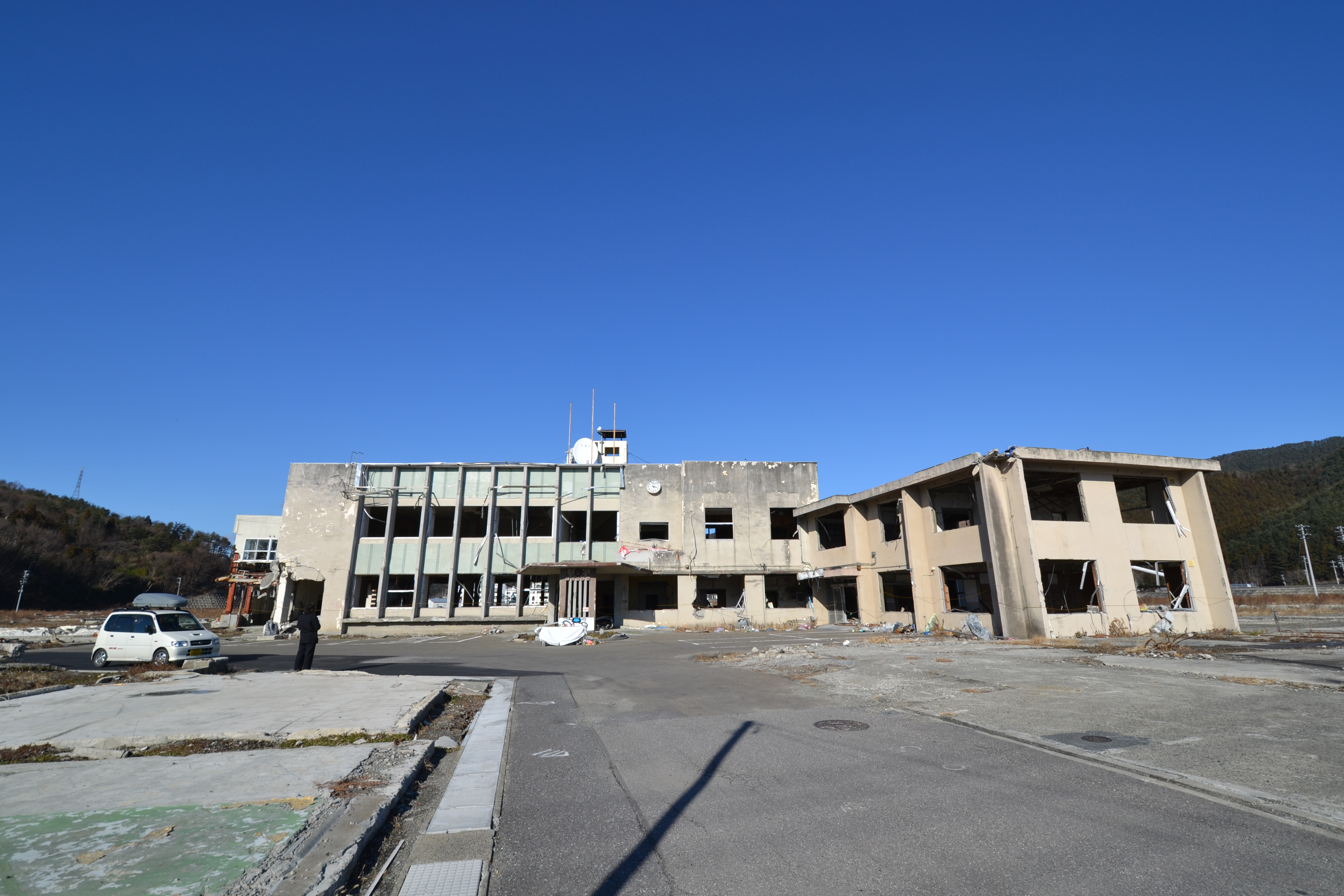 otsuchi city hall where mayor and staff were lost to their town.JPG